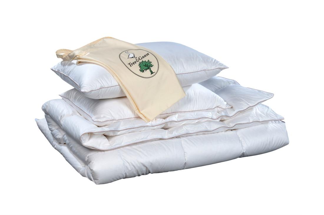 Kołdra zimowa Tree & Goose wraz z poduszkami.