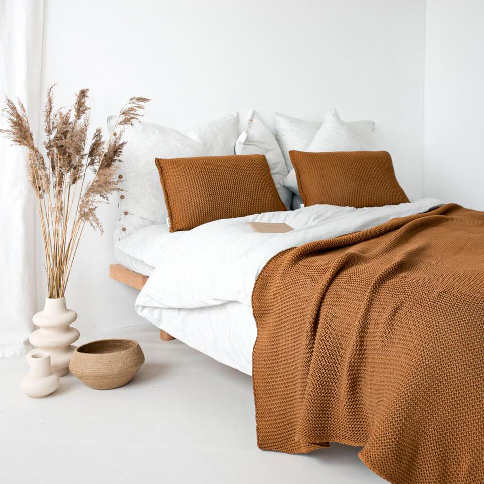 Narzuta na łóżko Moyha Leniwy Poranek